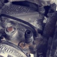 EMPORIOMOTO – Restauracion Carburador MIKUNI