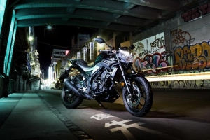 2016 Yamaha MT320 EU Midnight Black Static 002